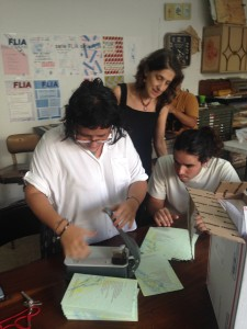 Production of poem card at Imprisora San Juan Sachs5